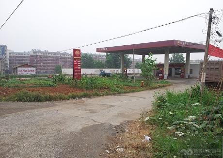 双港加油站